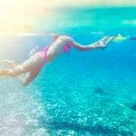 Milica i Sunčica plivaju